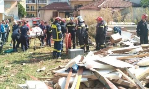 Συναγερμός στα Ιωάννινα - Έκρηξη σε μονοκατοικία με έναν τραυματία (pics)