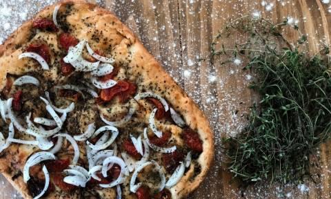 Λαδένια Κιμώλου: Μια πεντανόστιμη συνταγή που αξίζει να δοκιμάσετε!