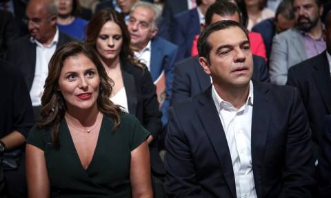 ΔΕΘ 2018: Στο πλευρό του Αλέξη Τσίπρα η Μπέτυ Μπαζιάνα