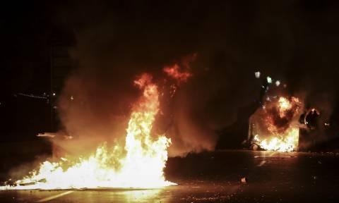 Επεισόδια Θεσσαλονίκη: Αναζητούνται τρεις αστυνομικοί για επίθεση σε δημοσιογράφο