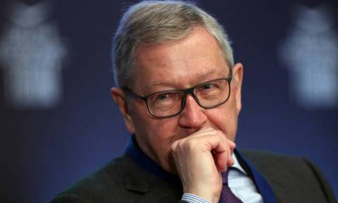Προειδοποίηση Ρέγκλινγκ: Θα παγώσουμε τα μέτρα για το χρέος, εάν δεν τηρηθούν τα συμφωνηθέντα