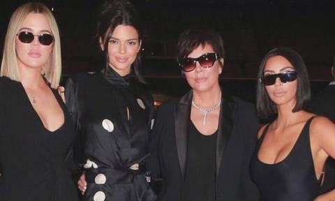 Πόσο ψηλές είναι οι αδερφές Kardashian- Jenner; Θα ξαφνιαστείς με την πιο ψηλή!