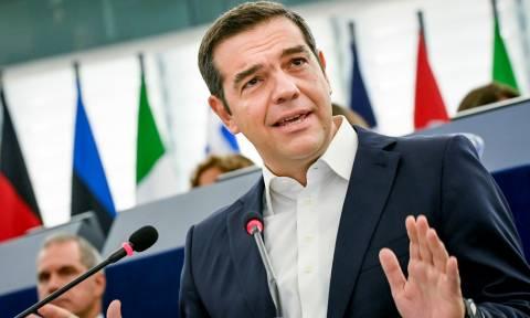 «Αρπάχτηκαν» στο Ευρωκοινοβούλιο Τσίπρας – Πονς