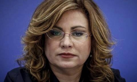 «Σκοτωμός» Σπυράκη - Τσίπρα: Δεν είναι νεποτισμός να διορίζεις μέλη της οικογένειάς σου;