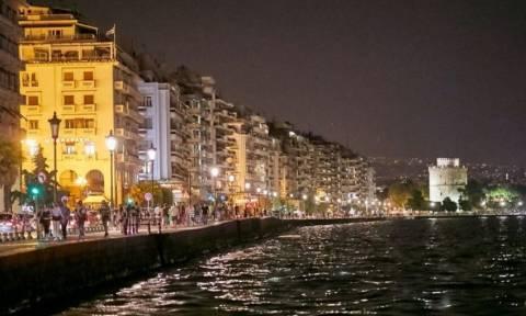 Θεσσαλονίκη: Σάλος με τη σεξουαλική παρενόχληση - Αυτή είναι η πιο επικίνδυνη στάση για τις γυναίκες