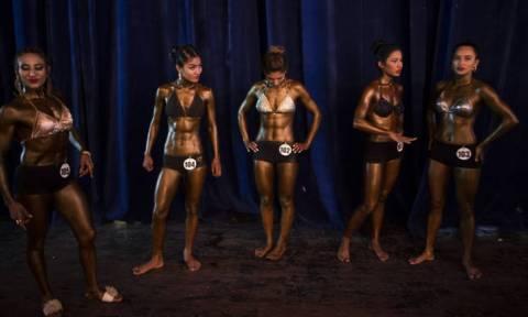 Στο Νεπάλ οι γυναίκες αντιστέκονται στην πατριαρχία και γίνονται... body builders! (vid+pics)