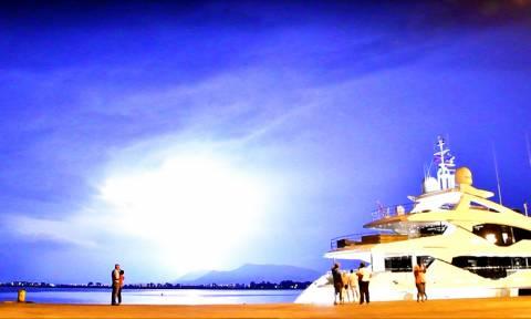 Ναύπλιο: Όταν η μέρα έγινε νύχτα - Δείτε τις εντυπωσιακές φωτογραφίες