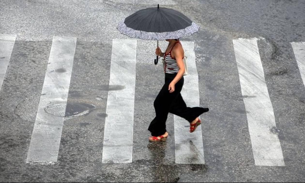 Καιρός: Επιδείνωση με βροχές και σποραδικές καταιγίδες – Σε ποιες περιοχές θα «ανοίξουν» οι ουρανοί