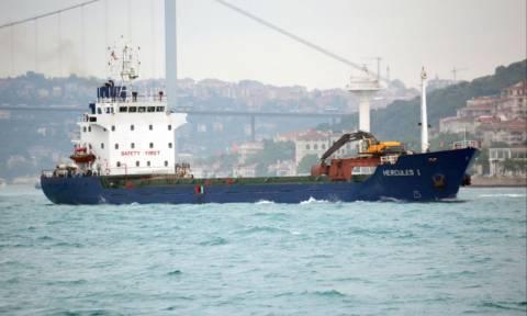 Μηχανική βλάβη σε φορτηγό πλοίο μεταξύ Κύθνου και Σύρου