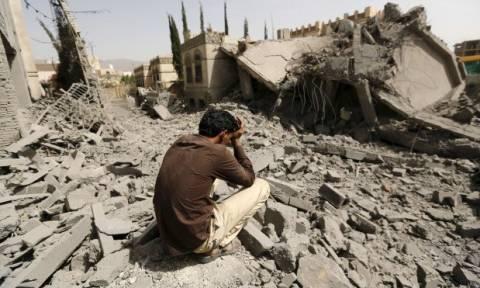 Υεμένη: Εκατοντάδες χιλιάδες άμαχοι κινδυνεύουν στη Χοντάιντα