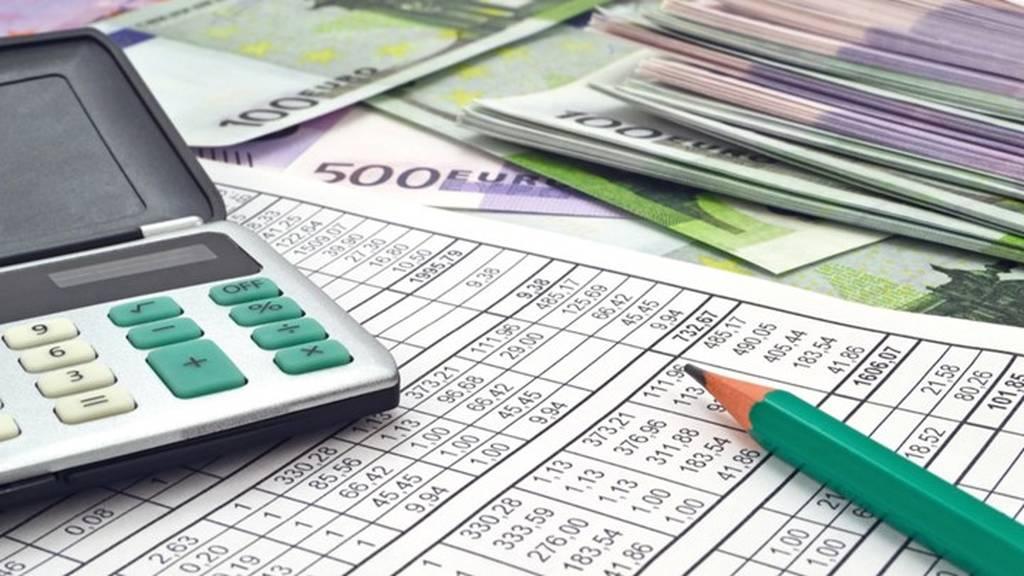 Πώς θα πληρώσουν τις αναδρομικές εισφορές γιατροί, μηχανικοί και δικηγόροι
