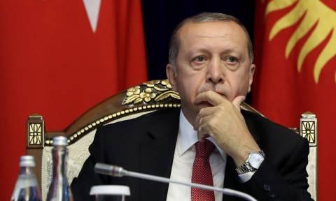 Κακός χαμός στην Τουρκία: Η τουρκική οικονομία καταρρέει και ο Ερντογάν πήρε «ιπτάμενο παλάτι»