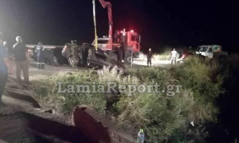 Βοιωτία: «Θρίλερ» στην Κωπαΐδα με αυτοκίνητο που έπεσε σε αρδευτικό κανάλι (pics)