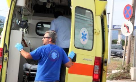 Τροχαίο στο Διόνυσο με δύο τραυματίες - Χρειάστηκε η επέμβαση της Πυροσβεστικής