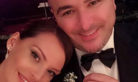 Μπόσνιακ-Ρέμος: Η φωτογραφία που ανέβασε ο Σάκης Ρουβάς από τον γάμο, ήταν ό,τι καλύτερο