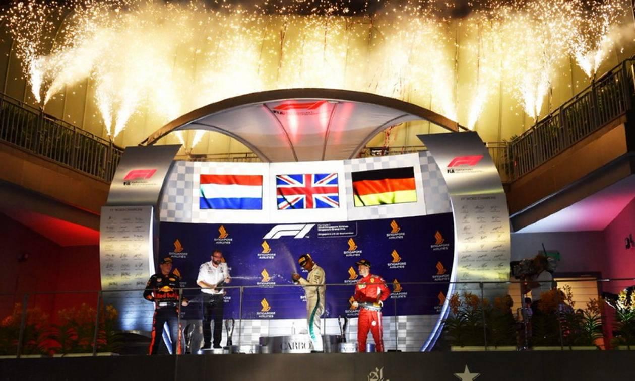 Formula 1: Νυχτερινός «περίπατος» για Χάμιλτον και Mercedes στη Σιγκαπούρη (pics&vid)