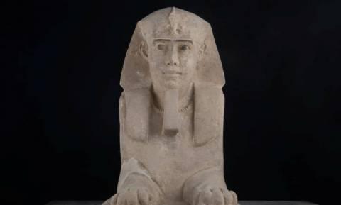 Συγκλονιστική ανακάλυψη: Βρέθηκε άγαλμα Σφίγγας σε ναό στην Αίγυπτο