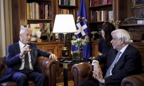 Ηχηρή παρέμβαση Παυλόπουλου για το προσφυγικό: Βασική υποχρέωση της ΕΕ ο σεβασμός του Ανθρώπου