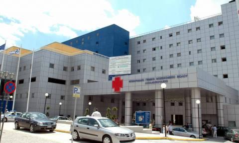 Βόλος: Χειρουργήθηκε ο 17χρονος που δέχθηκε μαχαιριά από τον πατέρα του