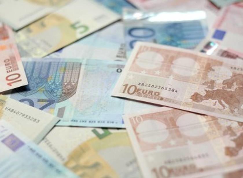 ΟΑΕΔ: Έκτακτο επίδομα 1.000 ευρω - Ποιοι το δικαιούνται