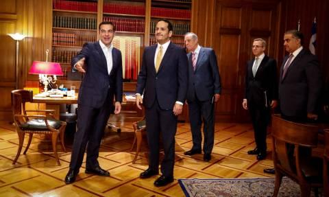 Επαφές Τσίπρα με τον ΥΠΕΞ του Κατάρ και τον Δημήτρη Αβραμόπουλο (pics)