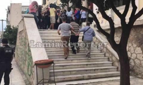 Λαμία: Τι λέει η μητέρα του 34χρονου που κακοποιούσε γυναίκες (video)