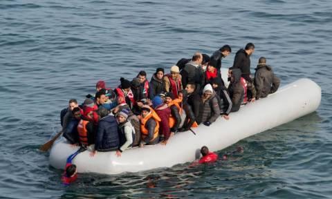 Μυτιλήνη: Παραδόθηκε και συνελήφθη για διακίνηση μεταναστών ιδιοκτήτης ΜΚΟ