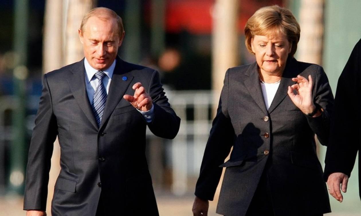 Ο Πούτιν ενημέρωσε τη Μέρκελ για τις συνομιλίες που είχε με τον Ερντογάν