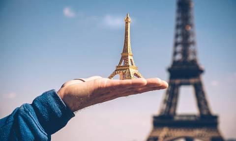 Γαλλία: Είκοσι τόνοι… Πύργων του Άιφελ κατασχέθηκαν στο Παρίσι