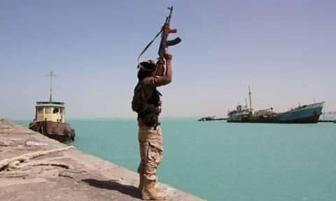 Υεμένη: 18 νεκροί από επίθεση πολεμικού πλοίου σε αλιευτικό σκάφος