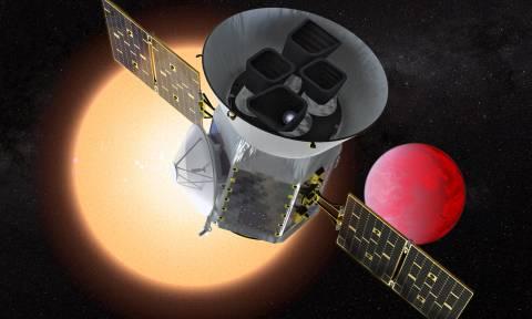 Ανακαλύφθηκε νέα υπερ-Γη που «ψήνεται» από την Ήλιο