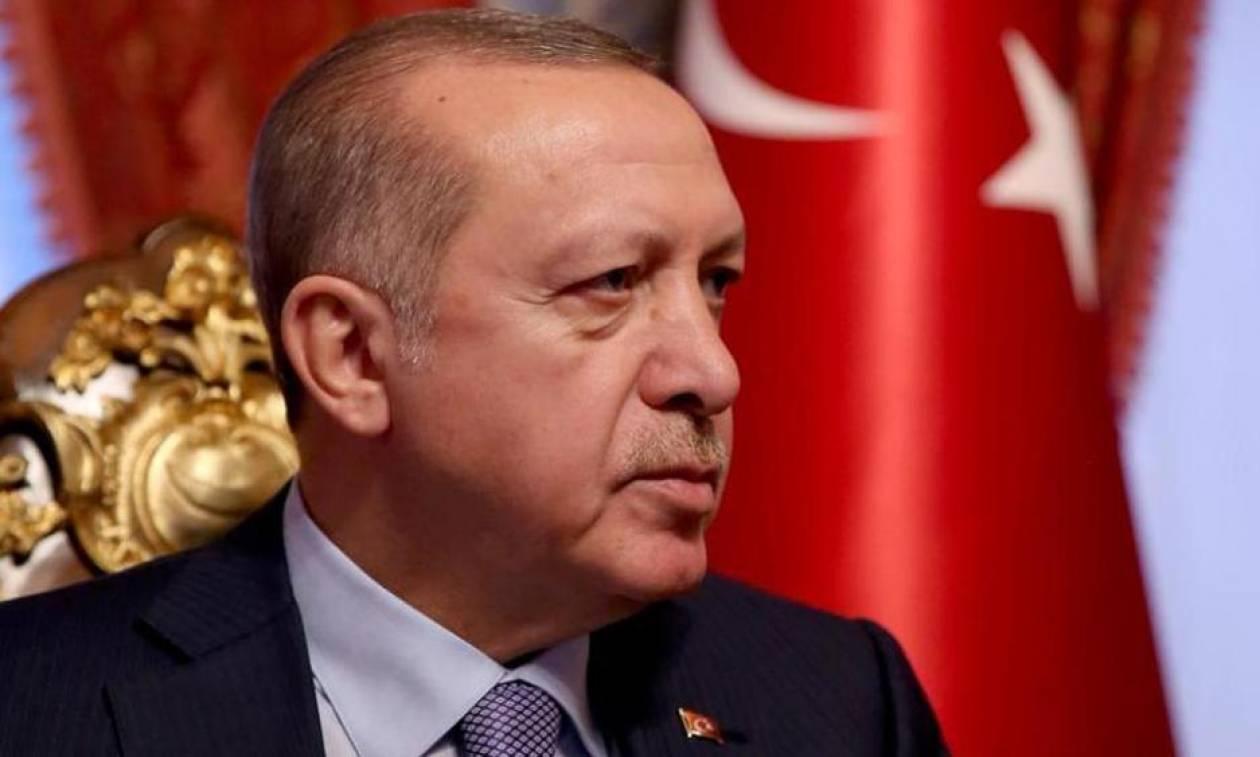 «Λύγισε» ο Ερντογάν: Αποφυλάκισε Γερμανό κρατούμενο για να «καλοπιάσει» τη Μέρκελ