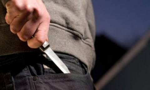 Φρίκη στην Κύπρο: Άνδρας σε αμόκ μαχαίρωσε τον γείτονά του στο κεφάλι για μία παρατήρηση