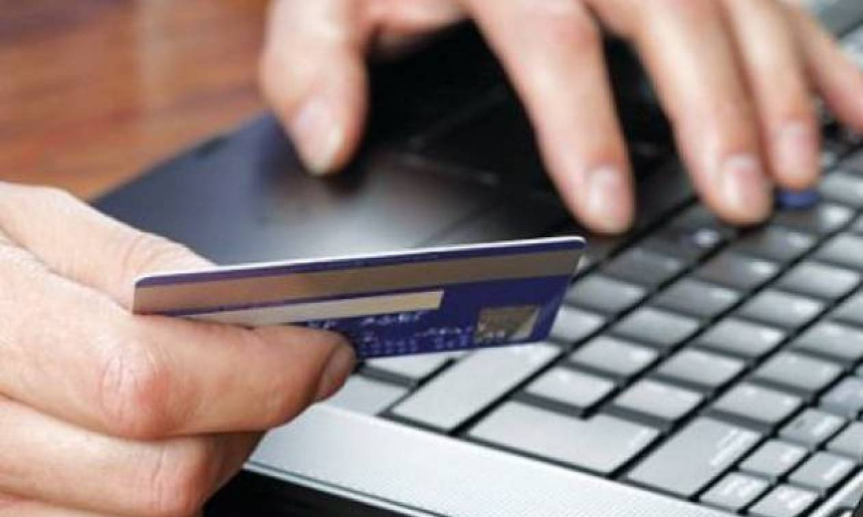 Μετρητά... τέλος! Τι αλλάζει στις αγορές σας με κάρτα