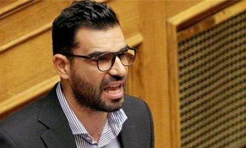Στο νοσοκομείο ο βουλευτής Πέτρος Κωνσταντινέας: Του επιτέθηκαν 30 άτομα