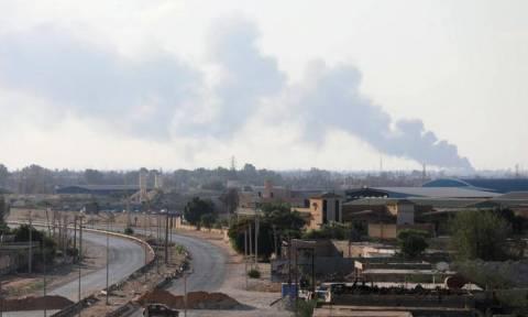 Λιβύη - Χάος στην Τρίπολη: 115 νεκροί από τις μάχες μεταξύ παραστρατιωτικών οργανώσεων