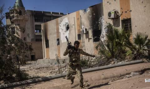 «Λουτρό αίματος» στη Λιβύη: Τουλάχιστον 115 νεκροί στην Τρίπολη