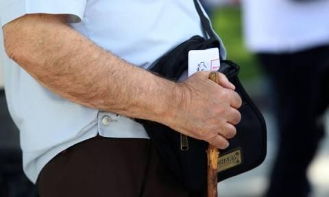 Συντάξεις: Αυτά τα χρήματα θα παίρνουν οι νέοι συνταξιούχοι - Αναλυτικά όλες οι περικοπές