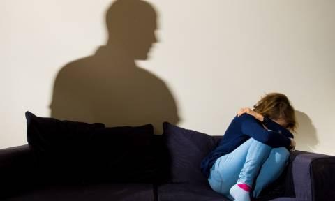 Φρίκη στη Θεσσαλονίκη: 13χρονη κατήγγειλε για βιασμό τον πατέρα της