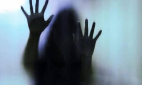 Θεσσαλονίκη: Προθεσμία να απολογηθεί πήρε ο 37χρονος που φέρεται να ασελγούσε στις κόρες του