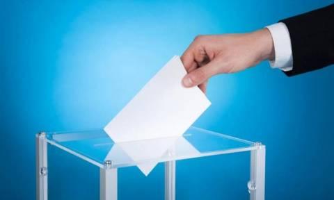 Πρόωρες εκλογές: Τι δείχνουν όλες οι δημοσκοπήσεις για την ψαλίδα ΝΔ - ΣΥΡΙΖΑ