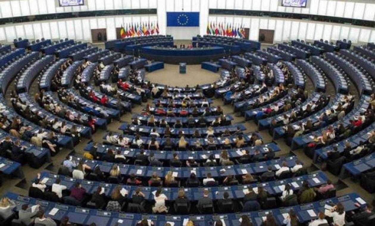 Ζαλίζουν τα νούμερα: Δείτε τι μισθό παίρνουν οι ευρωβουλευτές
