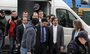 «Ντρίμπλα» Ερντογάν για τους «8»: Ζητά συνδρομή της Interpol για να εκδοθούν στην Τουρκία