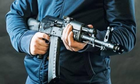 Τρόμος στη Χαλκίδα: Ένοπλη ληστεία με καλάσνικοφ σε χρηματαποστολή - Έφυγαν με «βαμμένα» χρήματα!