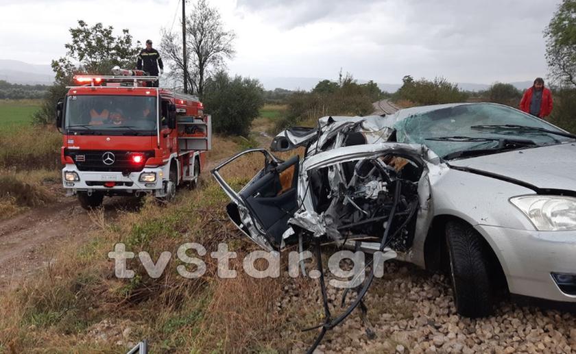 Τραγωδία στην Τιθορέα: Μία γυναίκα νεκρή μετά από σύγκρουση τρένου με αυτοκίνητο