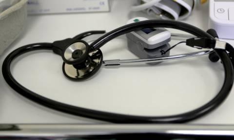 ΚΕΕΛΠΝΟ: 1.575 προσλήψεις και κίνητρα σε γιατρούς και οδοντιάτρους στο πρόγραμμα PHILOS