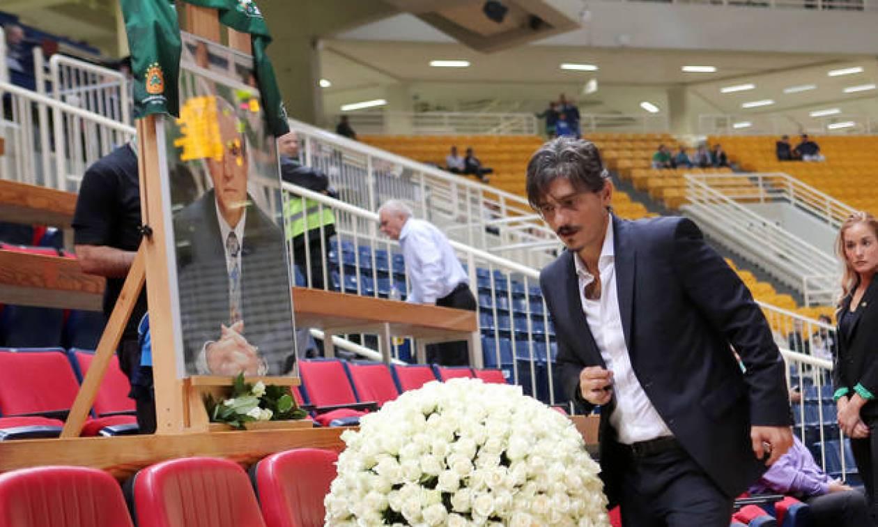 Δημήτρης Γιαννακόπουλος: «Τιμούμε τον άνθρωπο που μας έκανε αυτό που είμαστε» (videos)