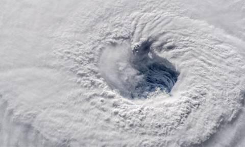 Κακοκαιρία: Σπάνιο φαινόμενο φέρνει στην Ελλάδα ανέμους με ταχύτητα 130χλμ/ώρα και ισχυρές βροχές