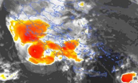 Ο Μεσογειακός κυκλώνας «χτυπά» την Ελλάδα: Ανατροπή των δεδομένων για το επικίνδυνο φαινόμενο