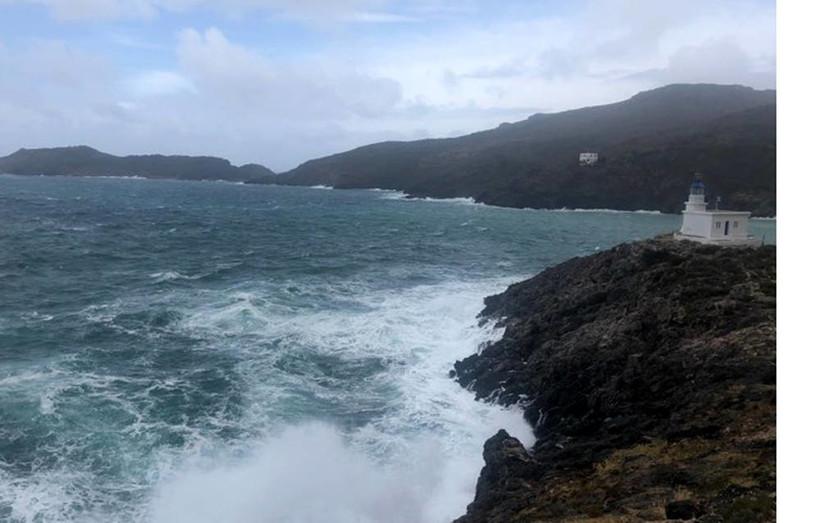 ΕΚΤΑΚΤΟ – Μεσογειακός κυκλώνας: Στο «μάτι» της κακοκαιρίας η Αττική – Έκλεισαν δρόμοι και λιμάνια